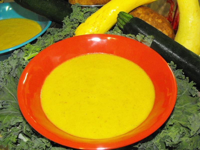Butternut squash yellow squash zucchini bell pepper blended soup